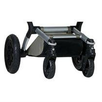 Een kinderwagen met vier wielen
