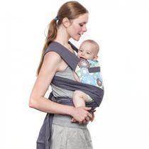 Wat Mei-tai draagzakken onderscheidt is hun simpliciteit en flexibiliteit als het op draagduur komt. Een goede Mei-tai draagzak is te gebruiken van baby tot kleuter.