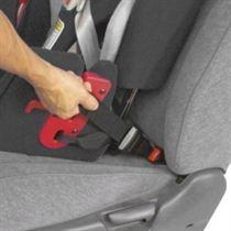 autostoeltje bevestigen met een gordel